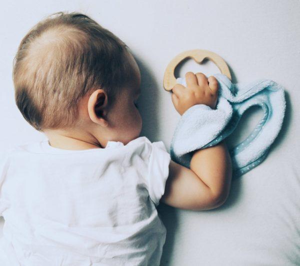 35-3065-superro_baby_eco_blue_sleeping_baby_lullalove