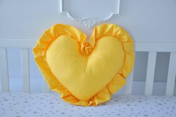 Poduszka serce z falbanką - Żółta