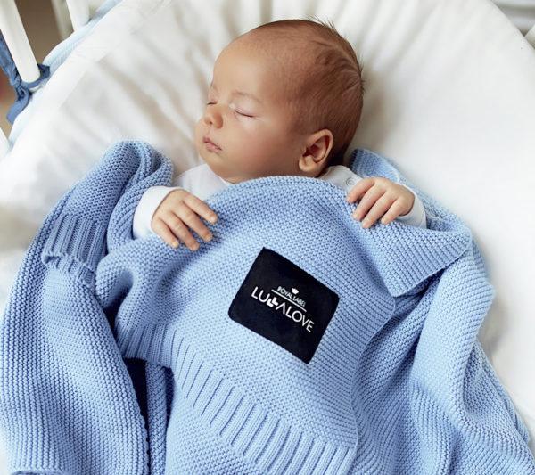 koc blue knitted