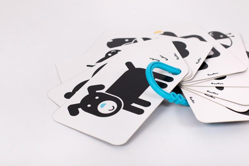 CzuCzu Karty kontrastowe na kółeczku +3 + poradnik dla rodziców