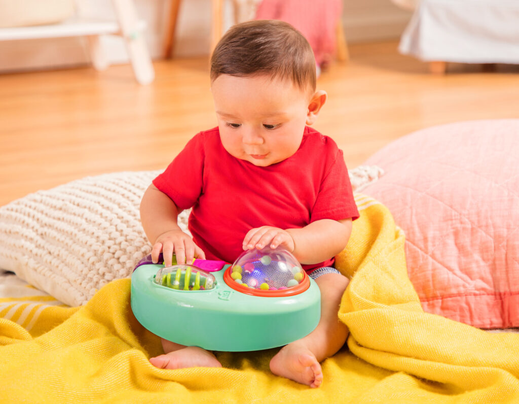 Konsola grająca z przyssawkami do blatu | B.Toys