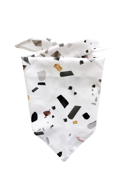 Chustka trójkątna Terazzo   Kimo