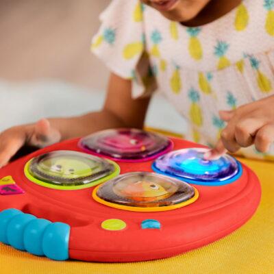 Pamięciowa gra muzyczna - czerwona | B.Toys
