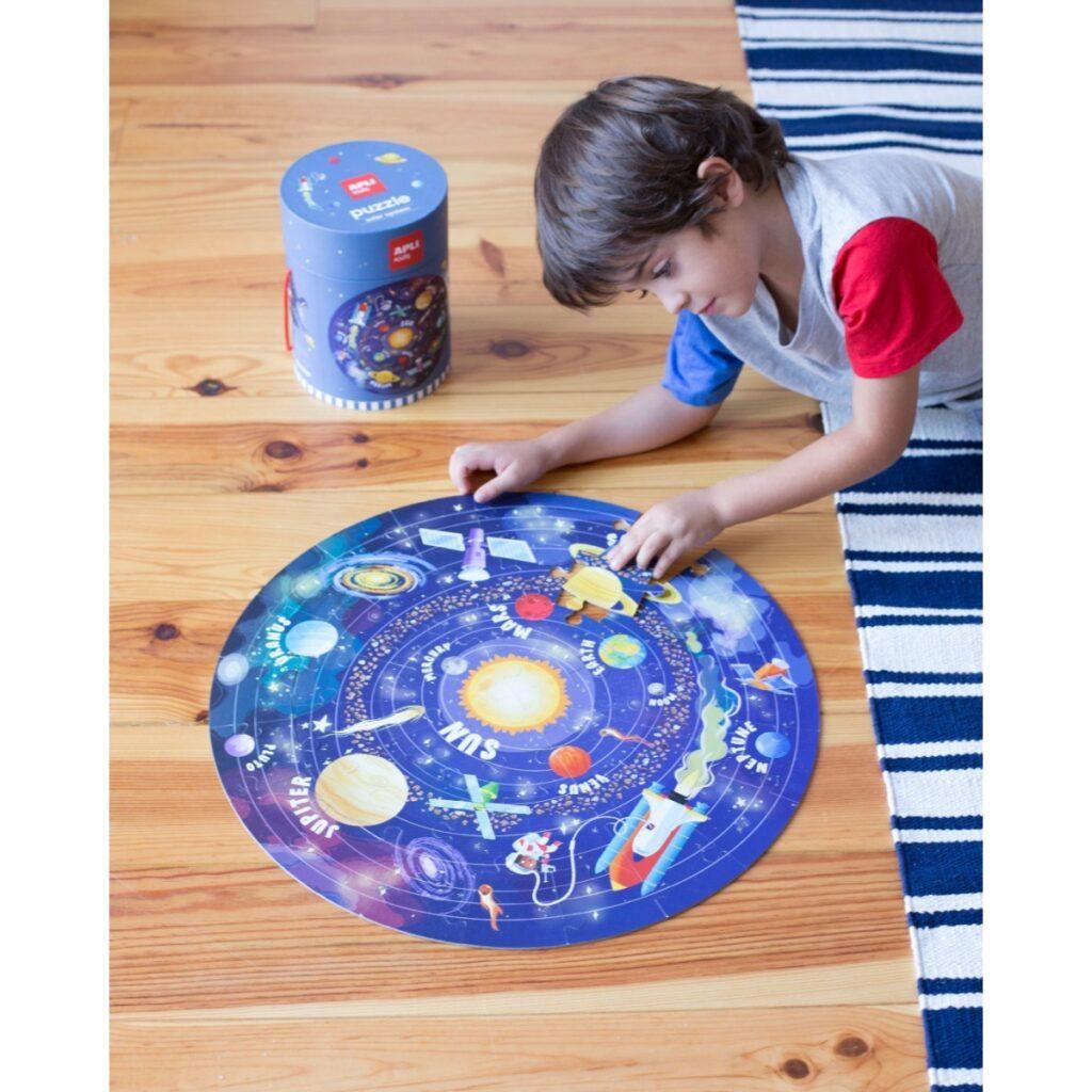 Puzzle okrągłe w tubie Układ Słoneczny 48el   Apli Kids